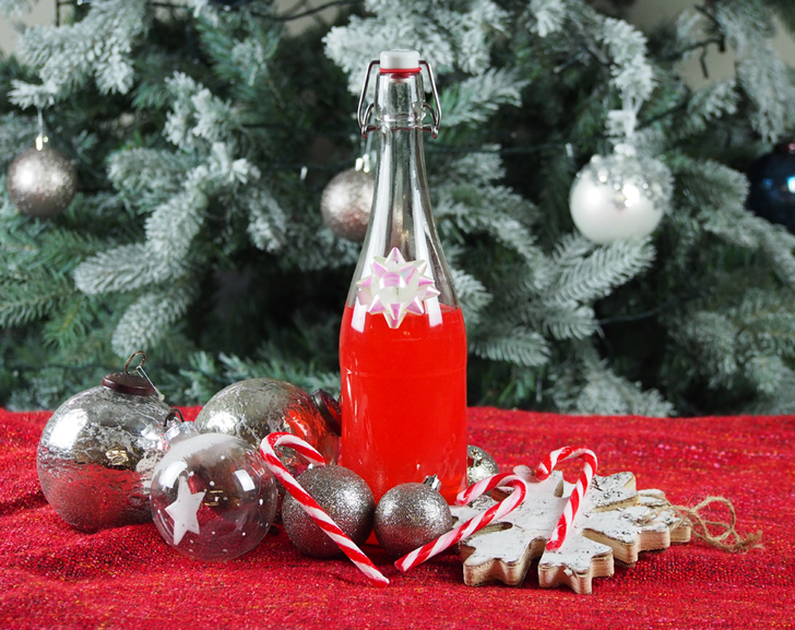 Make your own candy cane gin